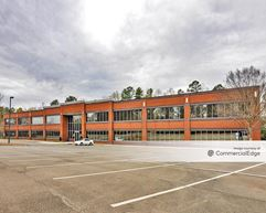 Meridian Corporate Center - 2635 Meridian Pkwy - Durham