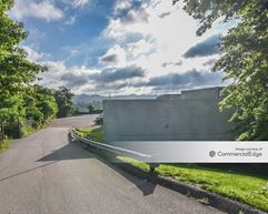 1360 Island Avenue - McKees Rocks