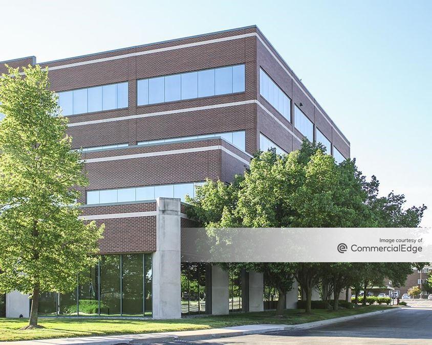Oxford Pointe Office Center
