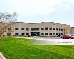 Smalley Steel Ring Company Worldwide Headquarters - Lake Zurich