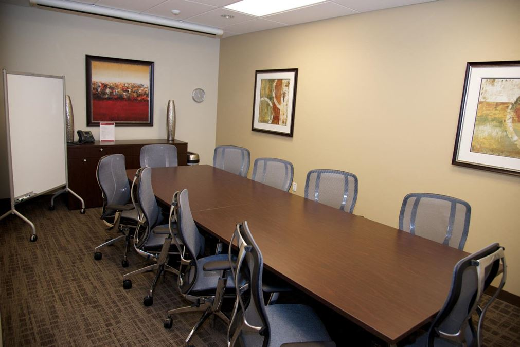 Regus | Columbia Center on Stadium