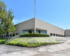 225 Industrial Park Road - St. Clair