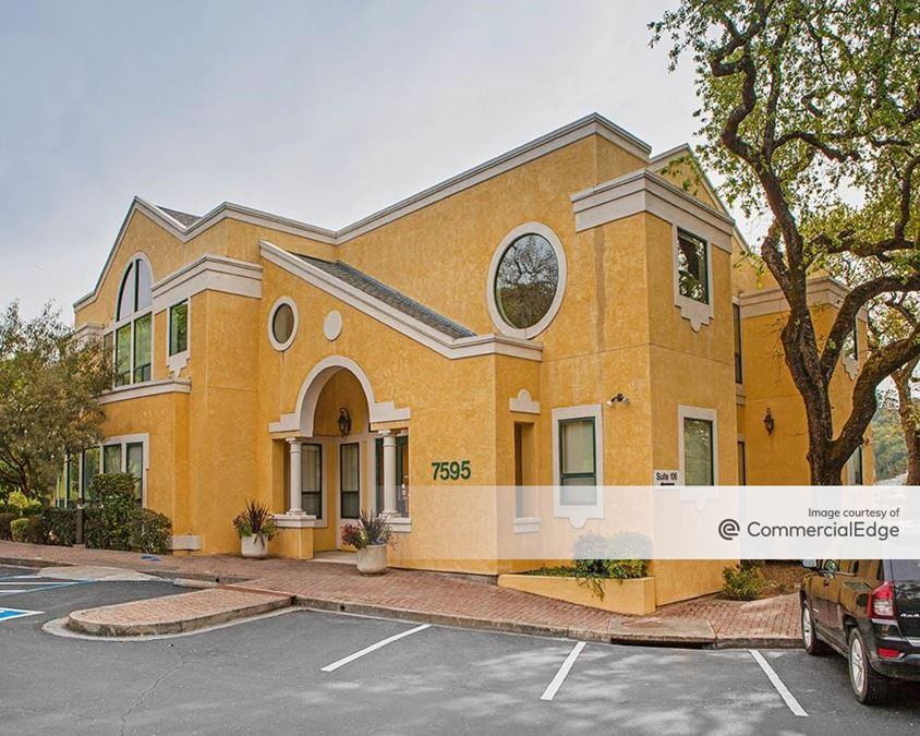 The Redwood Crossroads Professional Center