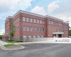 Cambridge Professional Center - Waldorf