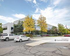 Spectrum Office Center - Farmington Hills