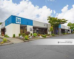 Seattle Exchange @ Southcenter - Buildings 18-34, 36, 38, 40 & 42 - Tukwila