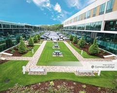 Trumbull Corporate Center - Trumbull