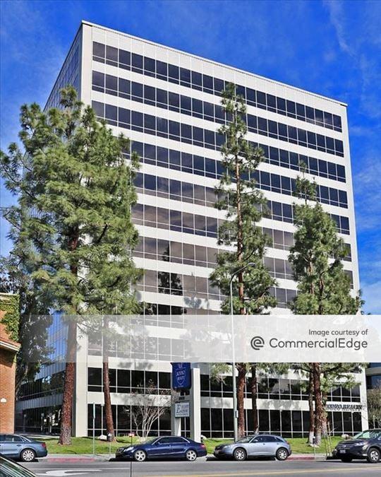 Woodland Hills Corporate Center - 21031 Ventura Blvd