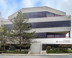 Corporetum Office Campus VI - Lisle