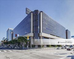 Olympic Plaza - Los Angeles