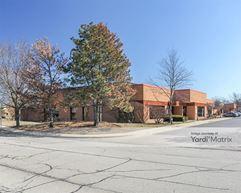 The Corporate Grove - 1300 Busch Parkway - Buffalo Grove