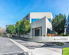 Latham Medical Plaza - Riverside