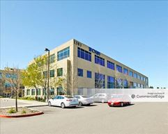 Redwood Business Center - Petaluma