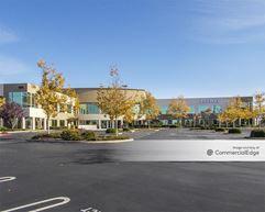 Creekside Ridge Office Park - 1075 Creekside Ridge Drive - Roseville
