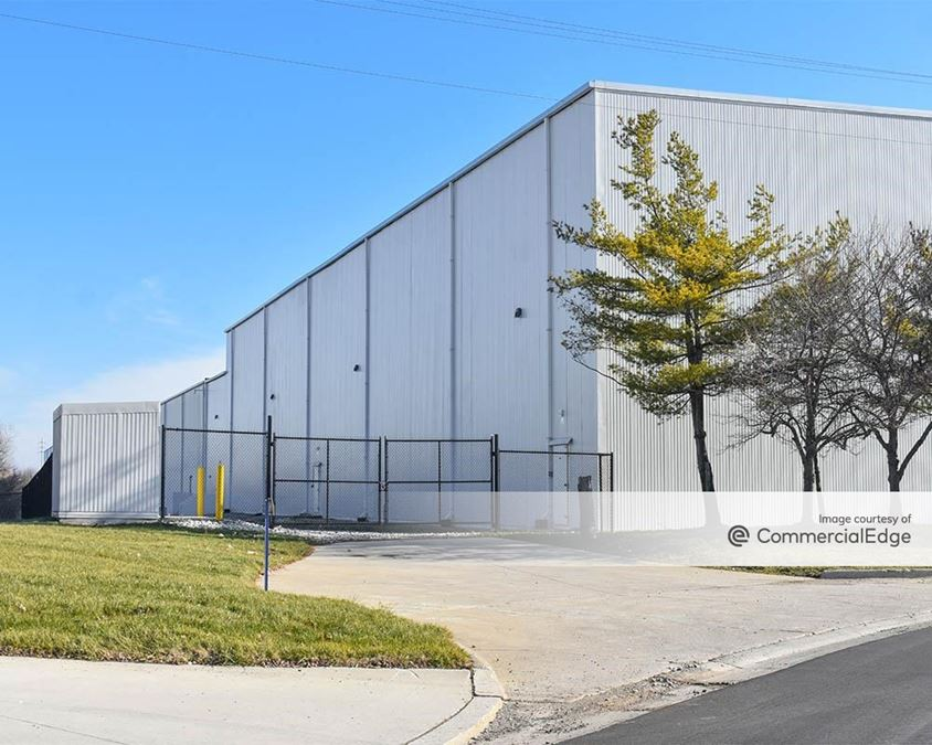4465 Industrial Center Drive
