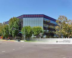 Freeway Business Center - Long Beach