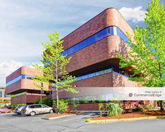 Pacific Cascade Building - Mountlake Terrace