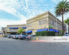 18632-18700 Beachstone Plaza - Huntington Beach