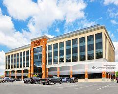 Fairfax Circle Building - Fairfax