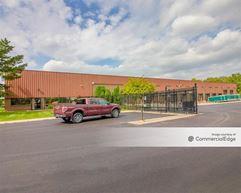 15080 Commerce Drive North - Dearborn