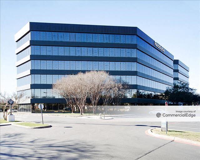 Midtown Office Center - 5720 Lyndon B. Johnson Fwy