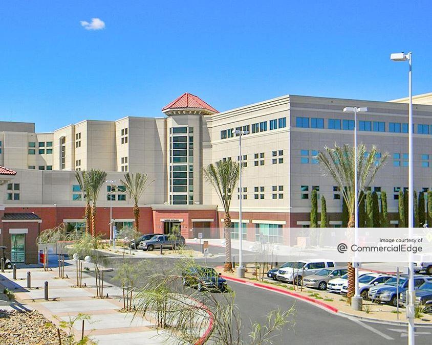 Del E. Webb Medical Plaza