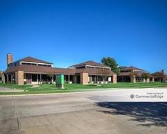 Arlington Oaks Office Park - Arlington