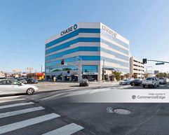 6400 Laurel Canyon Blvd - North Hollywood