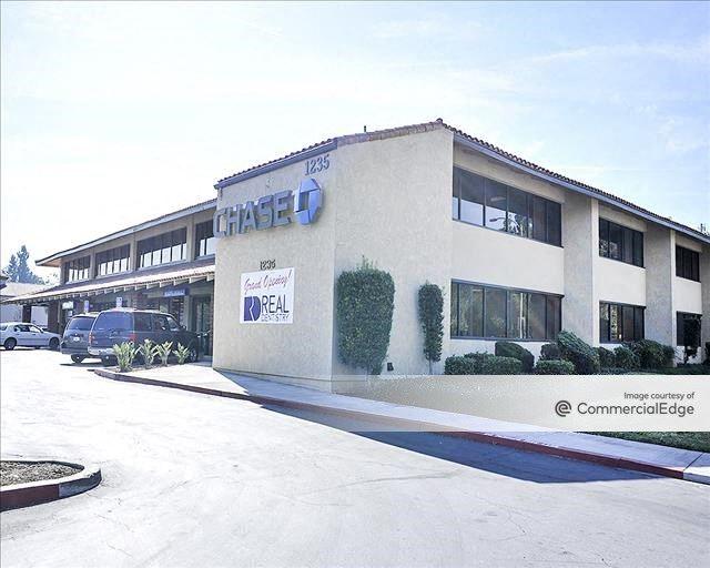 Hillcrest Park Professional Building