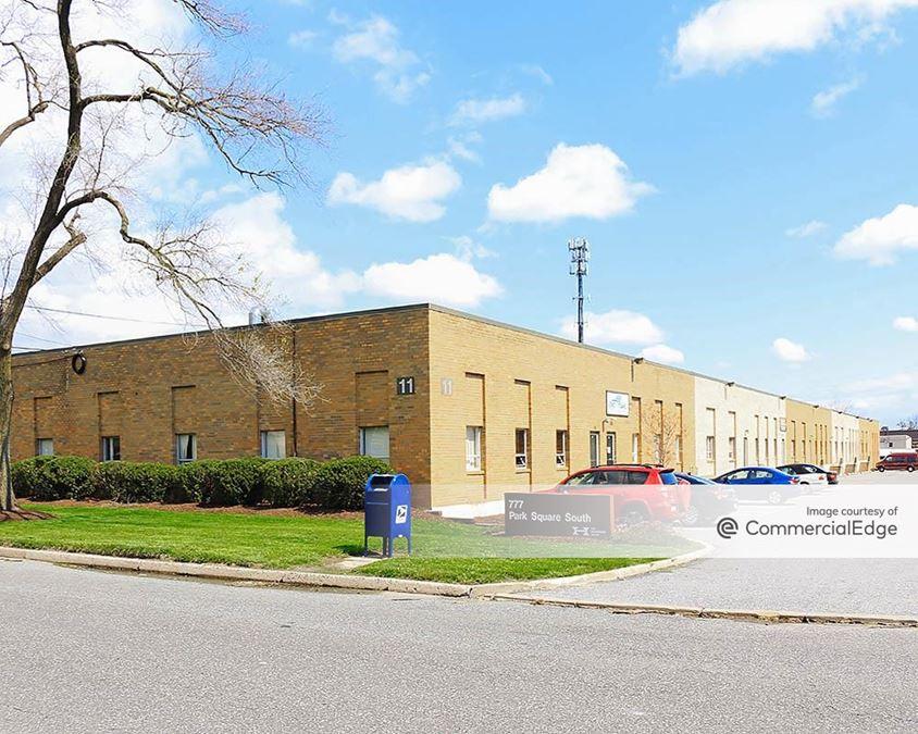 Folcroft West Business Park - 777, 950 & 1000 Henderson Blvd