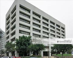 Glendale Gateway - 700 North Central Avenue - Glendale