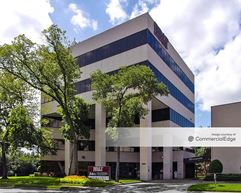 The Offices at Pin Oak Park - 6800 West Loop South - Bellaire