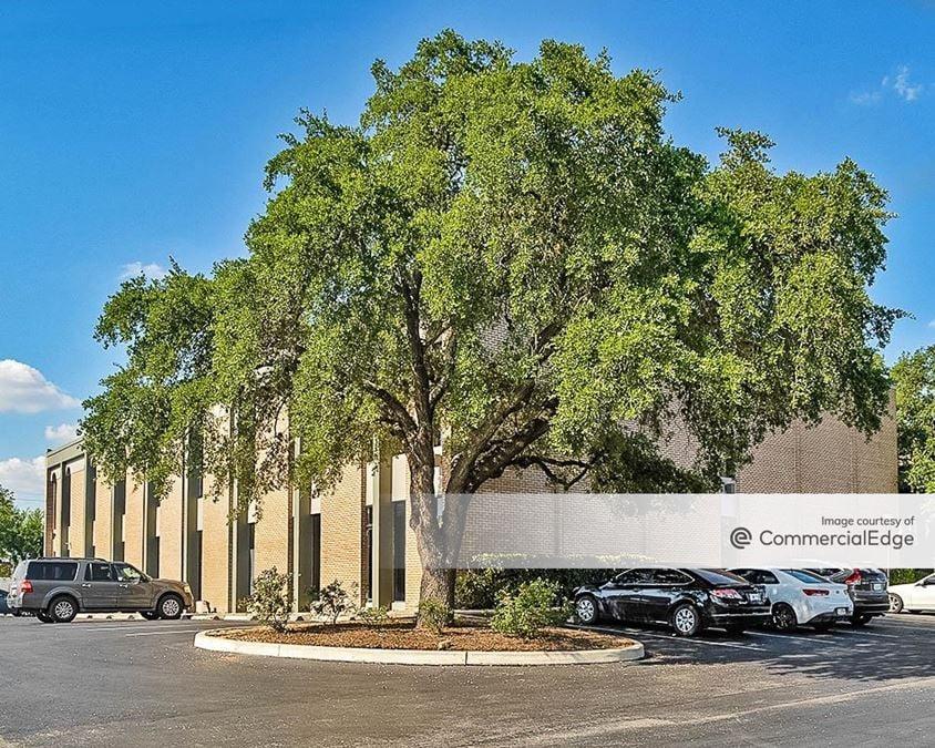 Centerview Crossing Office Park - Centerview & Royal Buildings