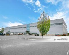 Prologis JFK Logistics Center - 230-59 International Airport Center Blvd - Springfield Gardens
