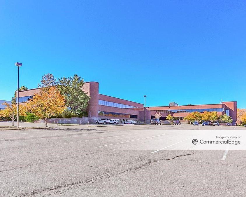 Centennial Airport Plaza