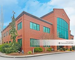 Creekside Corporate Center - 650-680 Hawthorne Avenue SE - Salem