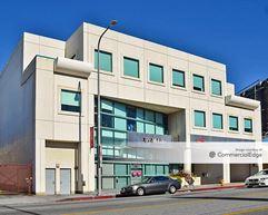 11925 Wilshire Blvd - Los Angeles
