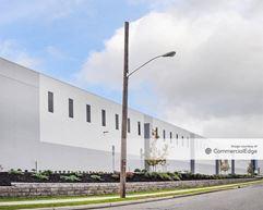 Transport Commerce Center - Avenel