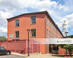 One Richmond Square - Providence