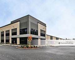 DuPont Logistics Center - DuPont