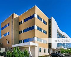 Wheaton Franciscan Healthcare - St. Francis Outpatient Center - Milwaukee