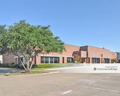 Valwood Business Center 10-11 - Carrollton