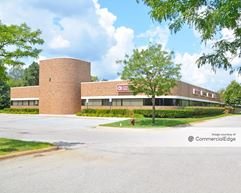 Lakes Professional Plaza - Commerce Township