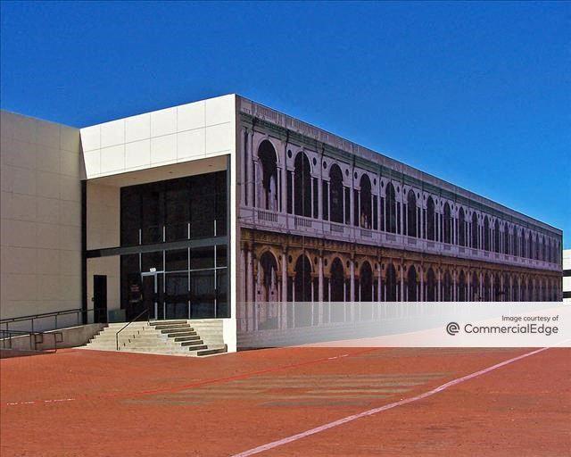 Dallas Communications Complex - Building IV