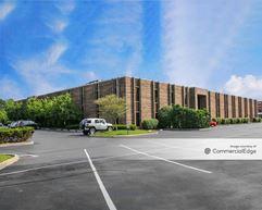 Hills Corporate Park - Kenwood Professional Building & Kenwood Corporate Center - Blue Ash