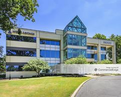 Northmark Office Building - Willoughby