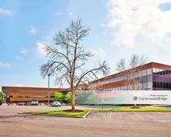 Barrington Corporate Center - Barrington