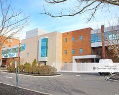 Inspira Medical Center Woodbury - 17 West Red Bank Avenue - Woodbury