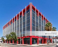 6725 West Sunset Blvd - Los Angeles