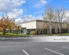 Parkside at Cornell Oaks Corporate Center - Beaverton